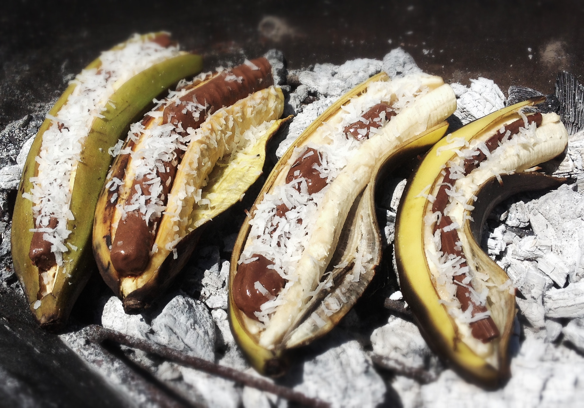 Fired up banana recipe grilled dessert for memorial day for Banane plantain au barbecue